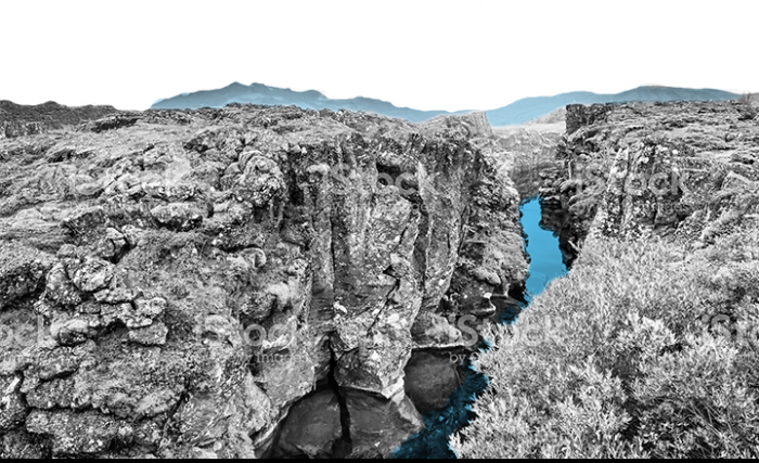 Mid-Atlantic Ridge: continental rift in Iceland's Thingvellir national park